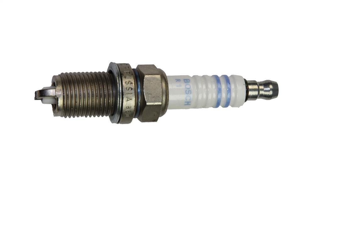 Свеча зажигания Bosch Standard Super F7LDCR