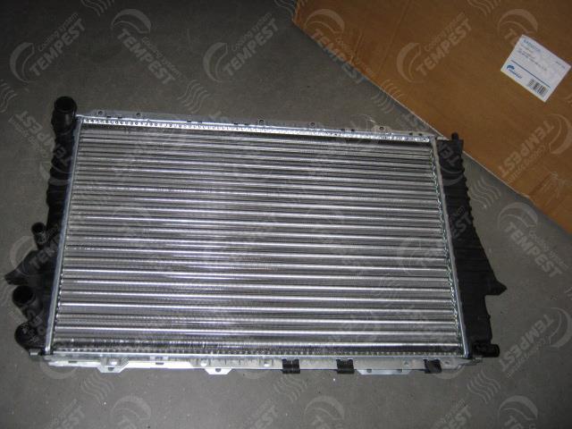 Радиатор охлаждения двигателя